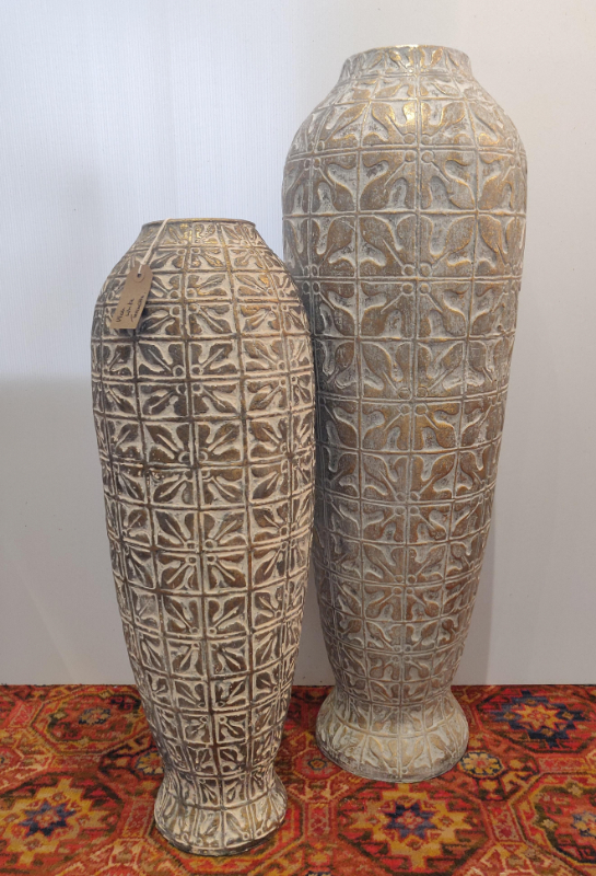 white-wash-spanish-terracotta-large-medium-floor-pot-vase-Castlemartyr-House-Gallery-Gifts-Co-Cork-Ireland (16)